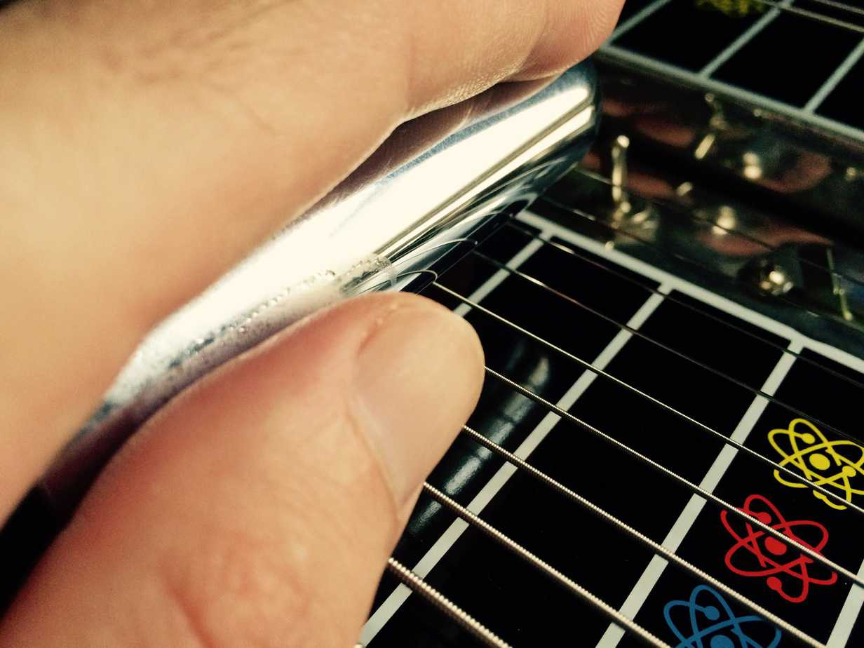 Nose of Bar for Pressure - Pedal Steel Guitar